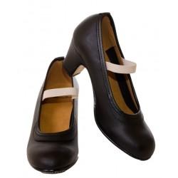 Zapato baile con tachuelas