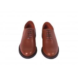 Zapato Mod: 252 para polaina vaqueta natural con cordones suela goma